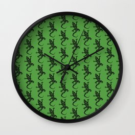 Green Gecko Pattern Wall Clock
