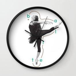 Attitude dèrriere Wall Clock