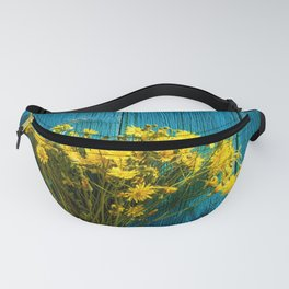 Vintage background with flowers Fanny Pack