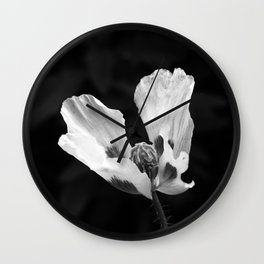 Quivering poppy Wall Clock