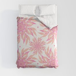 Abstract Leaf Pattern Comforters