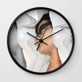 Cin-blanc Wall Clock