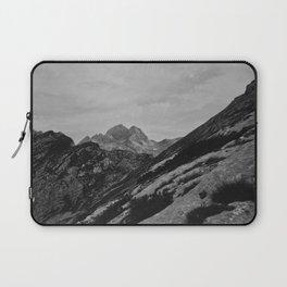 Black and white mountain Laptop Sleeve