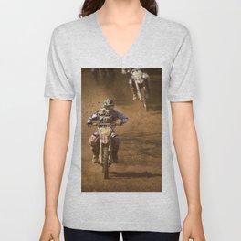 Dusty race Unisex V-Neck