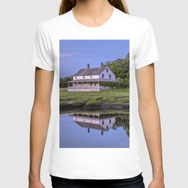 Essex river house reflection T-shirt
