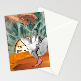 Marilyn in a desert - Dadaism influence Stationery Cards