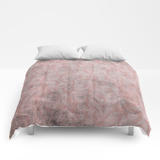 Dirty princess - Elegant Damask pattern with grunge effect Comforters