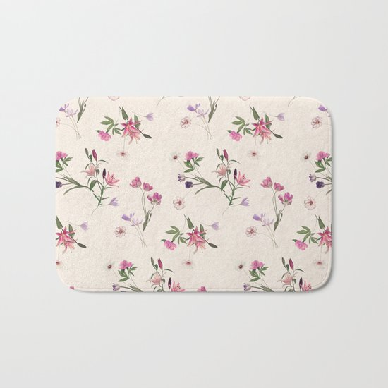 Scattered Floral on Cream Bath Mat