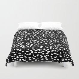 Yiolanda-b&w-Animal dots Duvet Cover