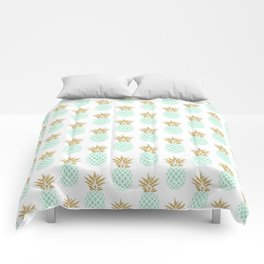Elegant faux gold tropical pineapple pattern Comforters