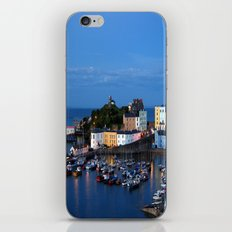 TENBY HARBOUR. PEMBROKESHIRE.WALES. iPhone & iPod Skin