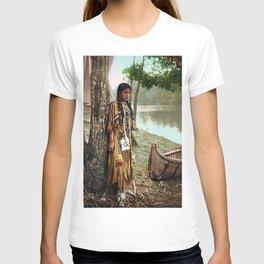 Native American Little Girl T-shirt