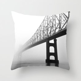 Savanna-Sabula bridge - 2 Throw Pillow
