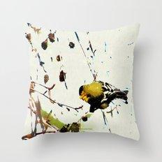 BACK YARD BIRD 013 Throw Pillow