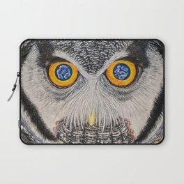 Dreaming of freedom - owl eyes Laptop Sleeve