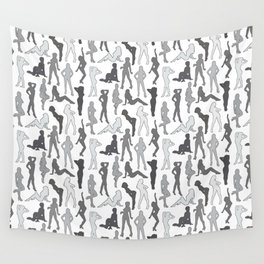 Femmes in Gris Wall Tapestry