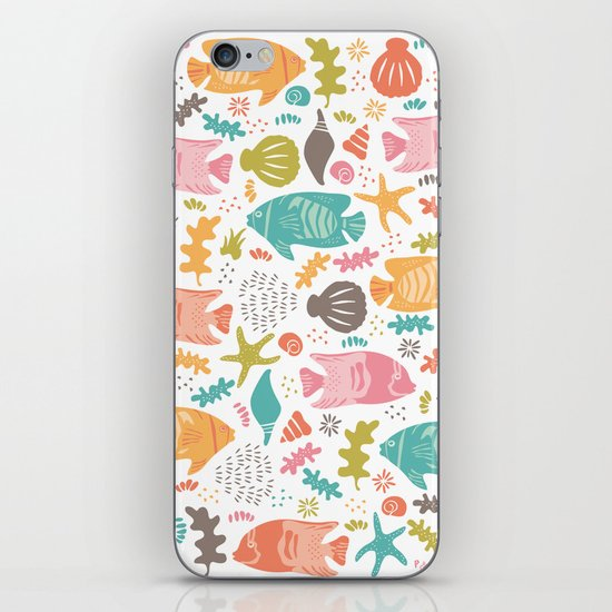 Retro Fish iPhone & iPod Skin