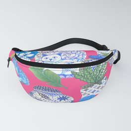 Chinoiserie chic, Chinese ginger jars on hot pink Fanny Pack