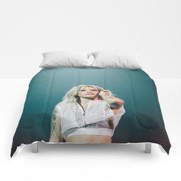 Halsey 28 Comforters