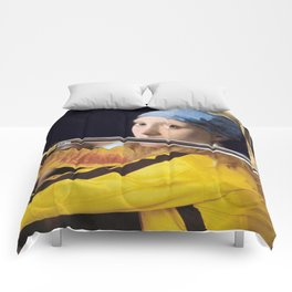 """Vermeer's """"Girl with a Pearl Earring"""" & Kill Bill Comforters"""