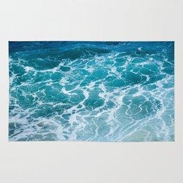 Ocean Waves in Hawaii Rug