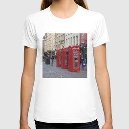Telephone Booths Royal Mile Edinburgh T-shirt