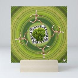 Umweltschutz ist kein Selbstläufer / Kunsthaus-Lay Mini Art Print
