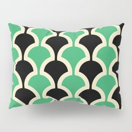 Classic Fan or Scallop Pattern 447 Black and Green Pillow Sham