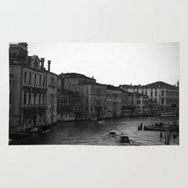 Venice b&w Rug