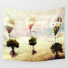 tree - air baloon Wall Tapestry