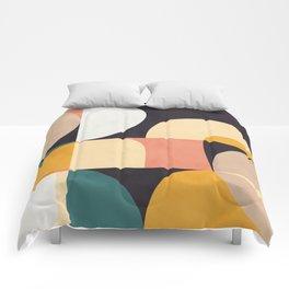 modern shapes 8 Comforters