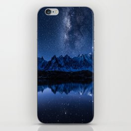 Night mountains iPhone Skin