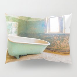 Antique Bathtub in Desert Americana Decor Pillow Sham