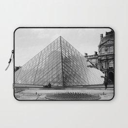 Pyramide de Louvre Laptop Sleeve