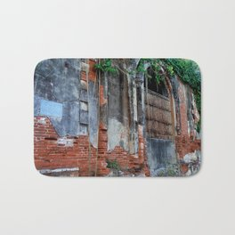 Old Colonial Building Bath Mat