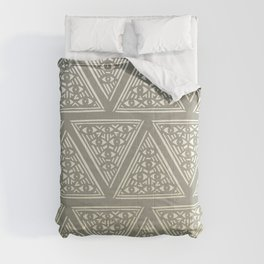 7 Lucky Eyes Comforters
