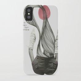 con el corazón tan suave como yo iPhone Case