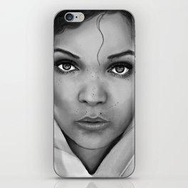Antonia b/w iPhone Skin