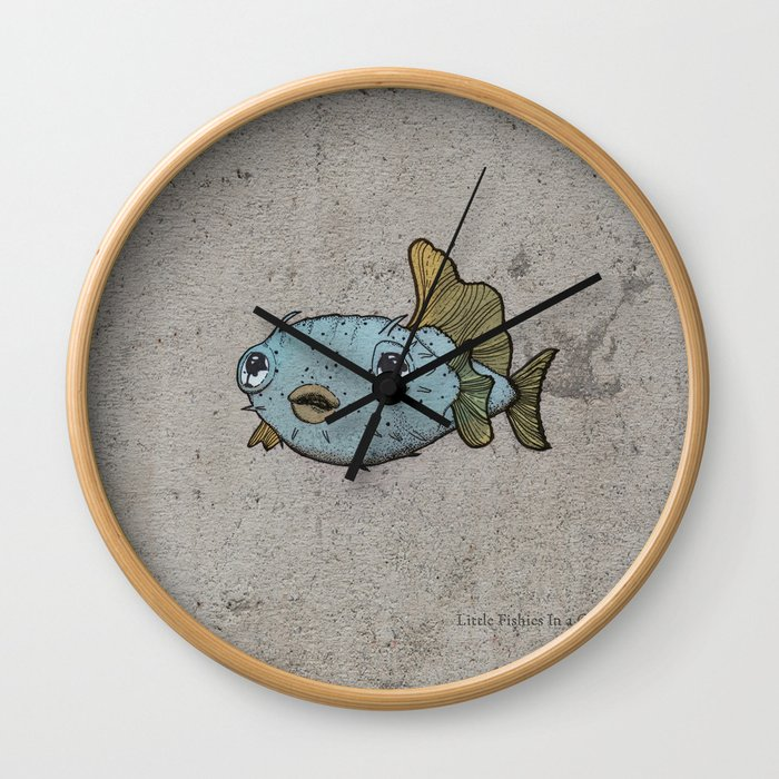 Pececitos color! Wall Clock