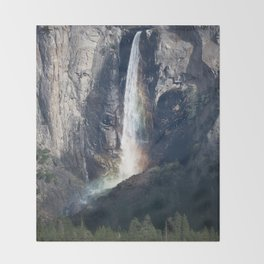 Bridalveil Falls, Yosemite California Throw Blanket