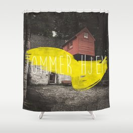 Komme Hjelm Shower Curtain