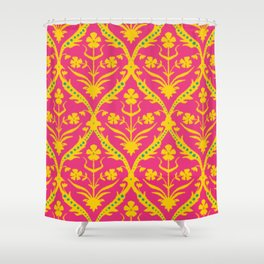 Kala trellis ikat Shower Curtain