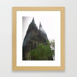 Ätherisch Framed Art Print