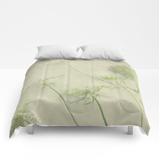 Queen Anne's Lace Flower Comforters