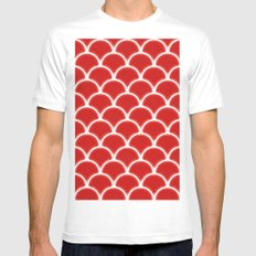 Large scallops in fabulous fiesta red White MEDIUM Mens Fitted Tee