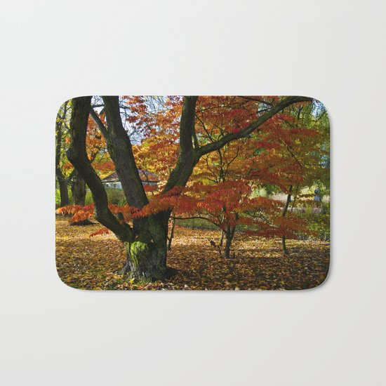 Red autumnal leaves Bath Mat