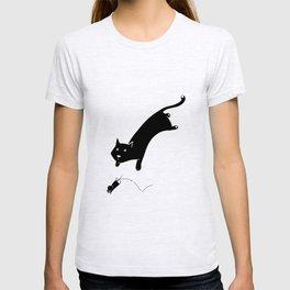 go away cat T-shirt
