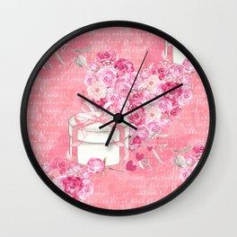 Roses Heart Pattern 03 Wall Clock