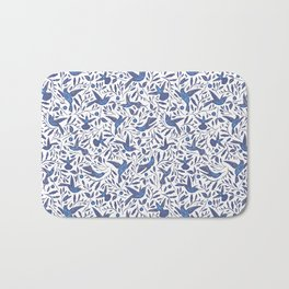 Delft Blue Humming Birds & Leaves Pattern Bath Mat