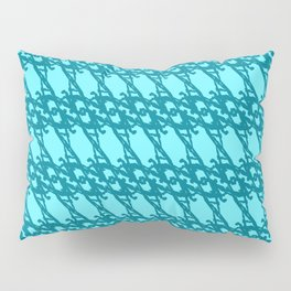Braided diagonal pattern of wire and light blue arrows on a blue background. Pillow Sham